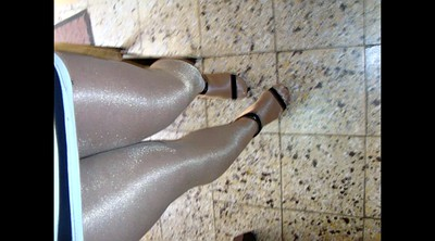 Heels, Gay pantyhose, Gay in pantyhose