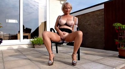 Granny solo, Grannies, Big mature solo