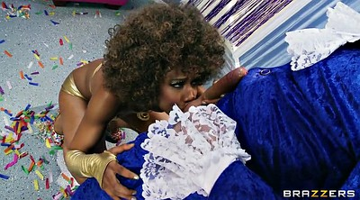 Misty stone, Gloves