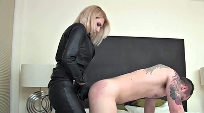 Mistress strapon, Leather