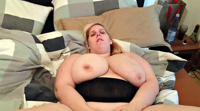 Solo chubby, Giant tits