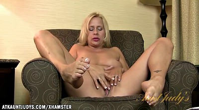 Mature feet, Leigh, Mature foot, Show feet