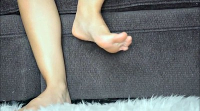 Foot tease, Feet foot