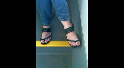 Candid, Sandals