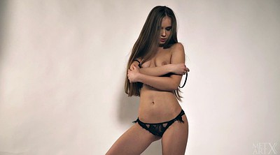Teen solo, Lingerie striptease