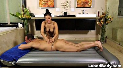 Foxx, Nuru massage
