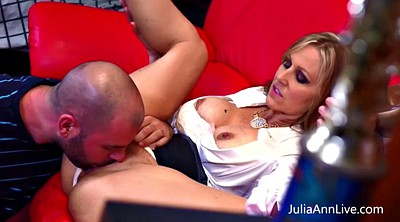 Julia ann, Tutor