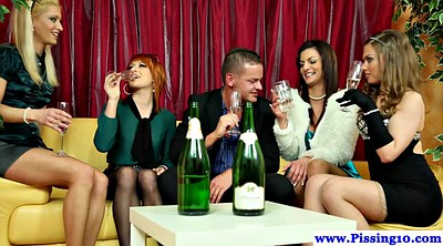 Pissing, Bottle
