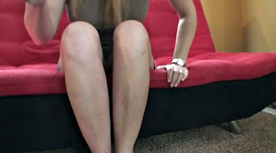 Julia, Feet mature