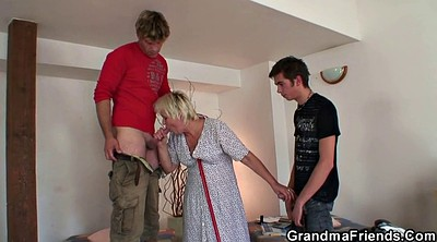 Granny threesome, Cleaning, Old pussy