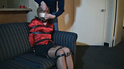 Gagging, Crossdressers, Crossdresser bondage