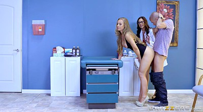 Kendra lust, Doctor, Nicole aniston