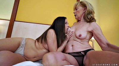 Old young, Lesbian kissing