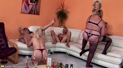 Pissing, Sex mom, Mature pissing