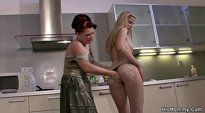 Young mom, Kitchen mom