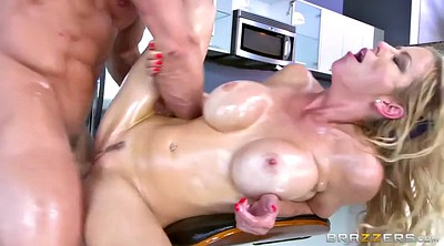 Alexis fawx, Alexis, Cleaning, Chubby mature, Mature doggy, House cleaning