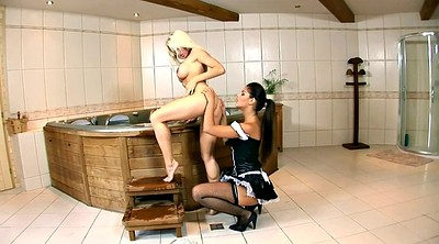 Licking pussy, Lesbian maids