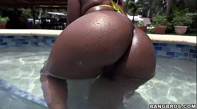 Bbw solo, Nina, Oiled ebony, In pool
