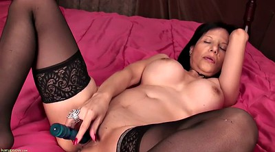 Mature solo, In bed, Hd mature