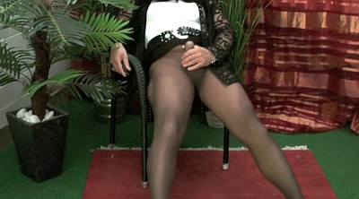 Masturbation pantyhose, Crossdresser