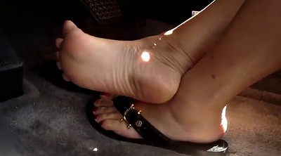 Asian feet, Pump