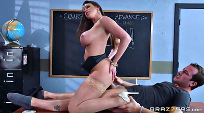 Brazzers, Brooklyn chase