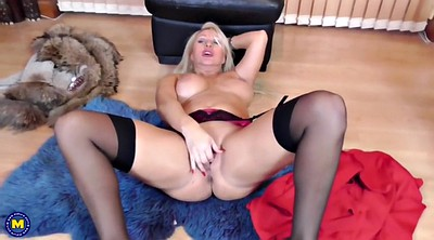 Mother, British, Amateur mature