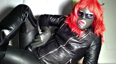 Crossdresser, Boot, Latex handjob