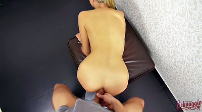 Sophie, Casting anal