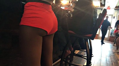 Hooters, Candid ass, Candid