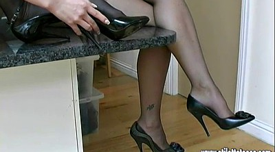Nylon foot, Nylons, Shoes