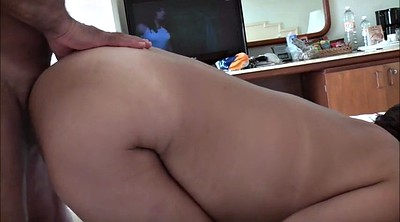 Cougar, Amateur wife