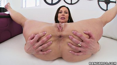 Kendra lust, Lips, Big lips