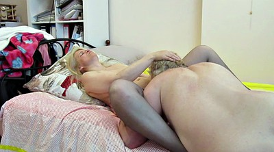 British, Pussy eating