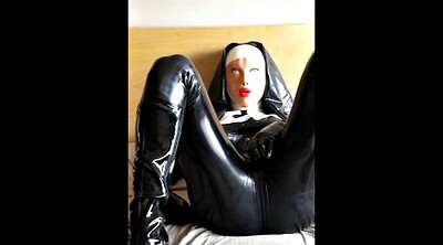 Latex, Nuns