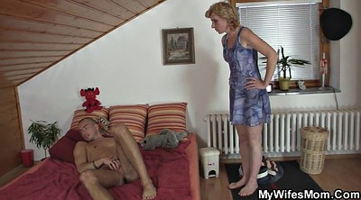 Mom milf, Hot moms, Old wife, Help mom, Hot wife, Girlfriends mom