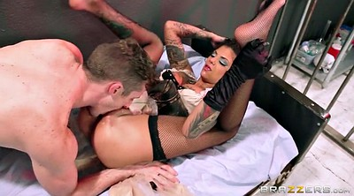 Cfnm, Bonnie rotten, Rotten, Pussy destroyed, Screaming, Bonnie