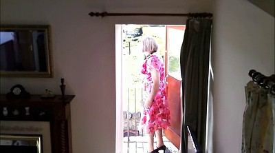 Granny solo, Voyeur peeing, Peeing, Gay old, Crossdresser, Old solo
