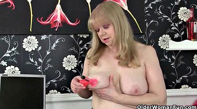 Granny nylon, British mature