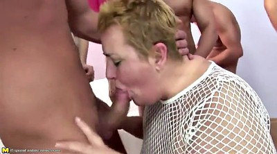 Granny, Mom ass, Bbw mom, Mom bbw, Ass bbw, Bbw shower