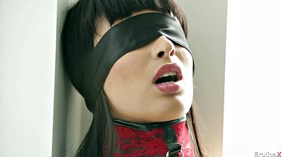 Nipples, Blindfolded