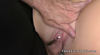 Piercing, Taxi