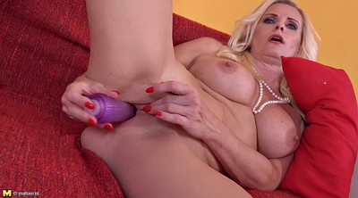 Milf pussy, Mature mother
