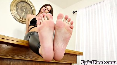 Foot tease, Shemale foot, Footing
