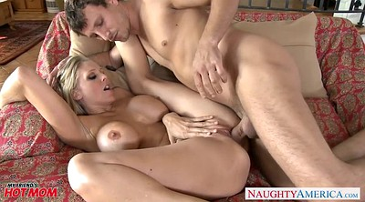 Julia ann, Mature cougar
