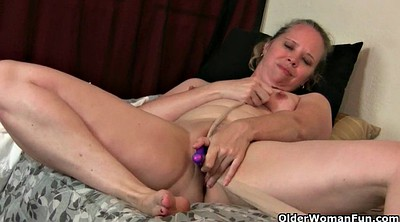 Moms, Mom pantyhose, Mature pantyhose, Pantyhose orgasm, Nylon mature