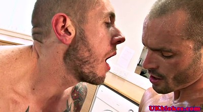 Gay facial, Double
