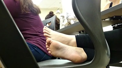 Candid, White foot