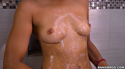 Shower solo, Ebony tits