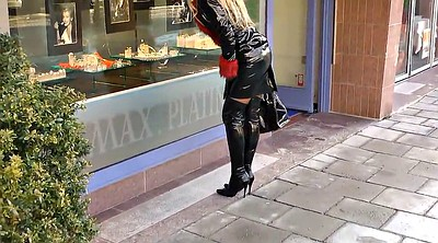 Latex german, Black woman